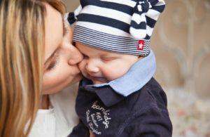 Mor og baby-bilde
